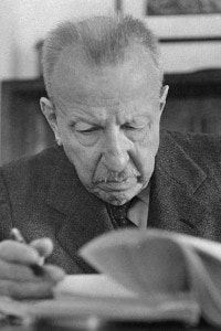 Benedetto Croce. Fu senatore del Regno d'Italia dal 1910 al 1943