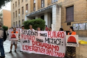 Test medicina 2019, la protesta degli studenti di LINK Coordinamento Universitario