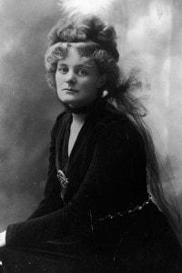 Maud Gonne: ritratto dell'attivista nazionalista irlandese di cui s'innamorò Yeats