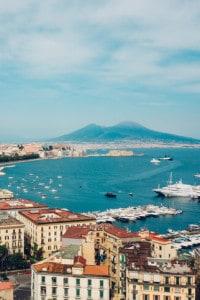 Napoli, città natale di De Martino