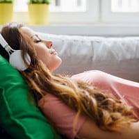 Tema sulla musica e i giovani: introduzione, scaletta e conclusione
