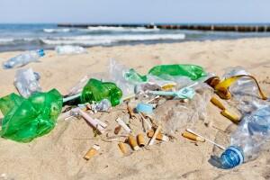 Sai quanto impiega una sigaretta ad essere smaltita dall'ambiente?