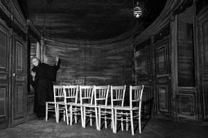 Sedie di Ionesco. Produzione di Jacques Mauclair. Attrice: Tsilla Chelton. Parigi, Studio di Champs-Elysees. Febbraio 1956