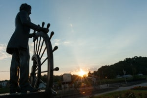 Statua dedicata a Mark Twain