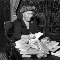 Agatha Christie: vita e romanzi