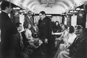 """Una scena del film """"Assassinio sull'Orient Express"""" diretto da Sidney Lumet"""