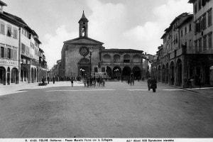 Piazza Marsilio Ficino a Figline Valdarno, Firenze.