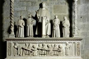 Cenotafio di Cino da Pistoia nella Cattedrale di San Zeno, Pistoia (Toscana)