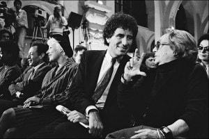 Il comitato sostiene Mitterrand in Francia nell'aprile 1988. Jack Lang e Marguerite Duras