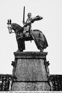 Statua equestre sulla tomba di Cangrande Della Scala a Verona