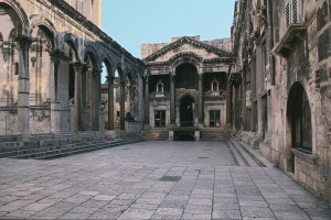 Peristilio del Palazzo di Diocleziano, Spalato (Croazia)