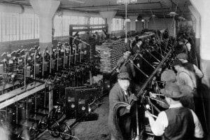 Seconda rivoluzione industriale. Catena di montaggio, 1913