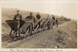Lavoratori immigrati italiani impegnati nella realizzazione della ferrovia a New York