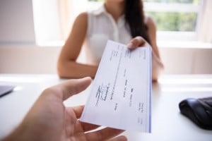Assegno bancario: cos'è e come funziona