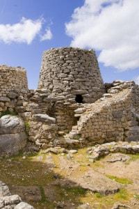 Antico edificio megalitico a Gairo, Sardegna