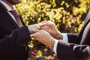 Tema sul matrimonio omosessuale