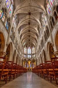 La volta ogivale nella chiesa gotica di Saint-Séverin, Parigi