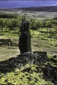 Sito archeologico di Anakena, luogo dello sbarco del re Hotu Matua dopo il suo viaggio dalle Isole Marchesi all'isola di Pasqua
