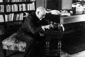 Luigi Pirandello, autore de Il treno ha fischiato