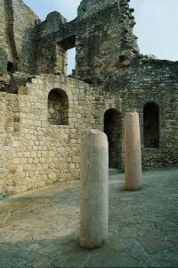 Rovine del castello di Matilde di Canossa. Ciano d'Enza in Emilia Romagna