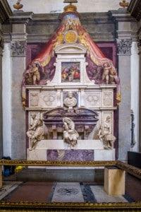 Tomba di Michelangelo Buonarroti. Basilica di Santa Croce, Firenze