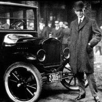 Henry Ford: biografia e storia dell'inventore della catena di montaggio