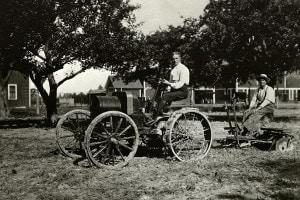 Henry Ford e il suo primo veicolo agricolo, 1907