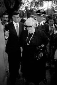 Anneliese Wenger, moglie di Herbert Kappler, e l'ex avvocato SS Paolo Giachini. Roma, 1996
