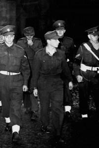 Herbert Kappler: militare tedesco. Fu processato per crimini di guerra a Roma nel novembre 1946
