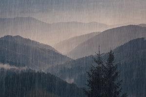 La pioggi, ispiratrice di D'Annunzio ma anche di Montale