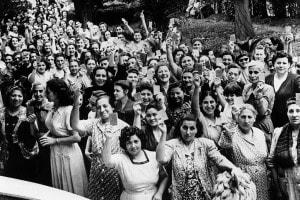 Le donne argentine votano per la prima volta nel 1951