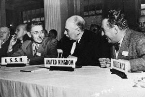 Luglio, 1944: Keynes partecipa alla Conferenza di Bretton Woods al Mount Washington Hotel (New Hampshire)