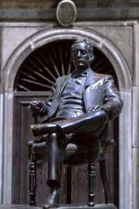 Statua di Giacomo Puccini a Lucca, 1990 circa