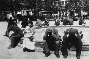 Giugno 1919, una scena di strada a Berlino nell'immediato dopoguerra