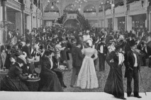 Le Hall Des Folies-Bergere, 1900
