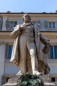 Monumento a Vincenzo Gioberti (1801-1852): politico e filosofo italiano. Opera di Giovanni Albertoni