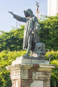 Statua di Cola di Rienzo