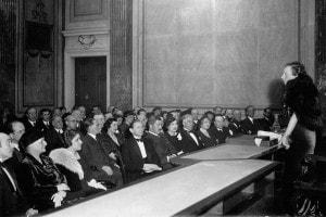 """Margherita Sarfatti: biografa di Mussolini. Conferenza su: """"Lo stile di vita nell'Italia di Mussolini nel XX secolo"""""""