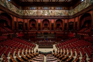 Com'è formato il Parlamento italiano: riassunto